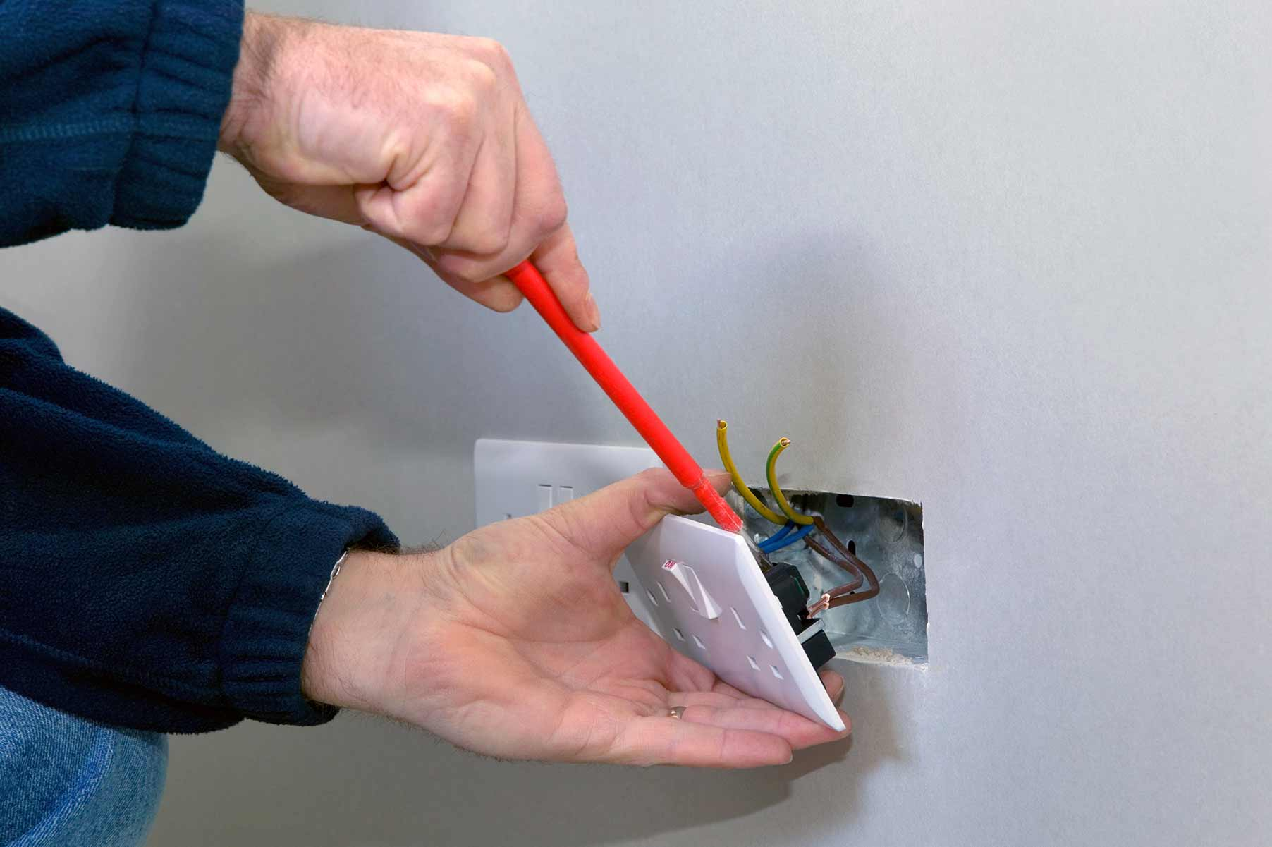 Our electricians can install plug sockets for domestic and commercial proeprties in Wanstead and the local area.